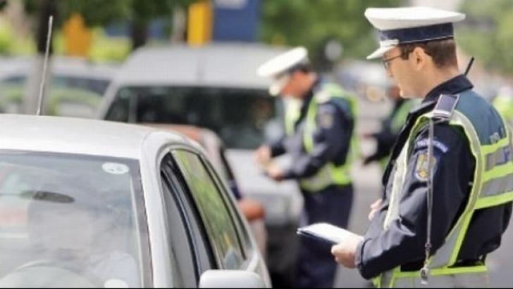 In ce situatie este sanctionat conducatorul unui vehicul cu amenda contraventionala si suspendarea dreptului de a conduce autovehicule? itemprop=
